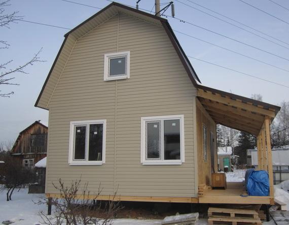 Двухэтажный дачный домик с верандой 6х6 фото